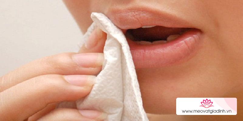 Bỏ túi 4 công dụng hữu hiệu của giấy vệ sinh sạch