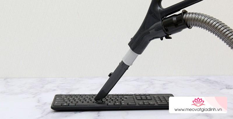 Các mẹo tẩy sạch vết bẩn trên bàn phím máy vi tính dễ dàng