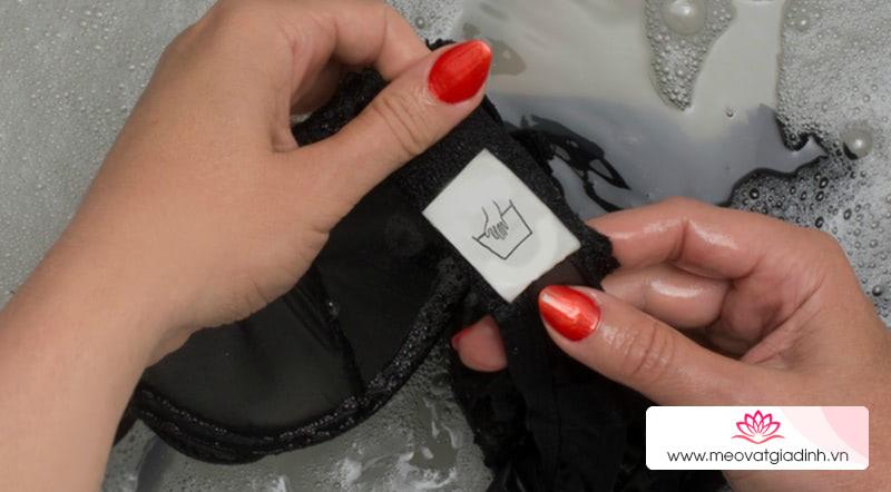 Cách giặt áo ngực đúng chuẩn
