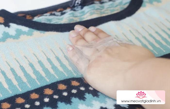 Đây là cách tẩy lông bám trên quần áo nhanh và hiệu quả nhất