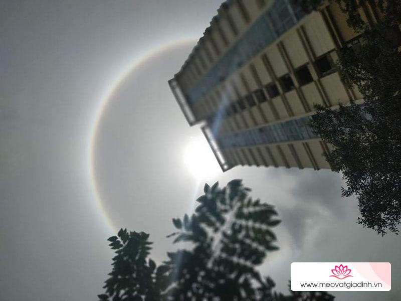 Hào quang mặt trời hiện tượng quang học thú vị xuất hiện ở nhiều nơi tại Việt Nam