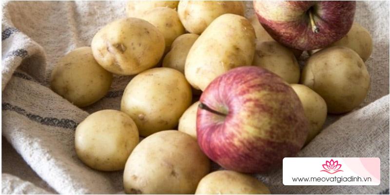 Mách bạn mẹo tận dụng táo để làm việc nhà
