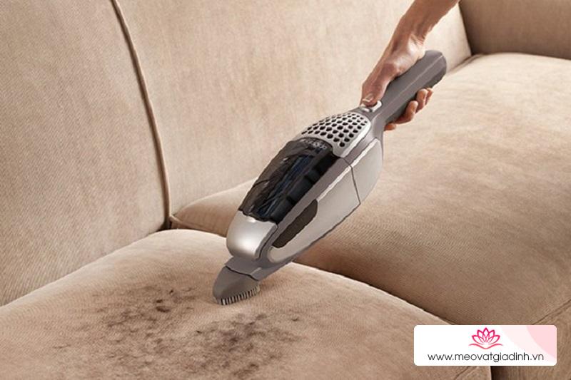 Mẹo vệ sinh ghế sofa đơn giản tại nhà, đảm bảo ghế sạch bong như mới