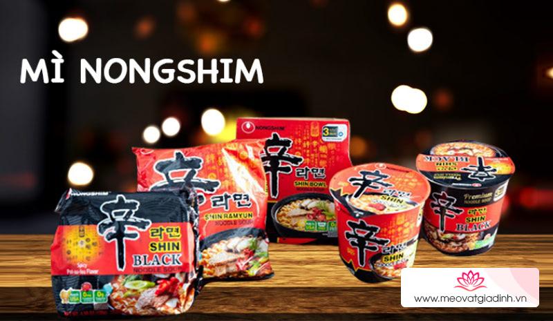 Mì cay hay mì xào khô Nongshim Hàn Quốc ngon hơn?
