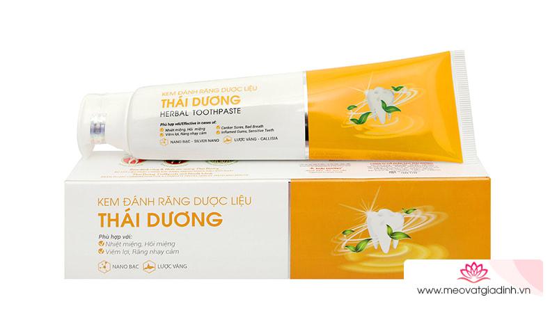 Review chi tiết kem đánh răng dược liệu Thái Dương: Thơm miệng, ngừa viêm nướu cho răng nhạy cảm