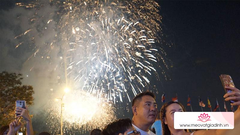 Chính thức: TP.HCM bắn pháo hoa tại 4 điểm mừng Tết dương lịch 2021
