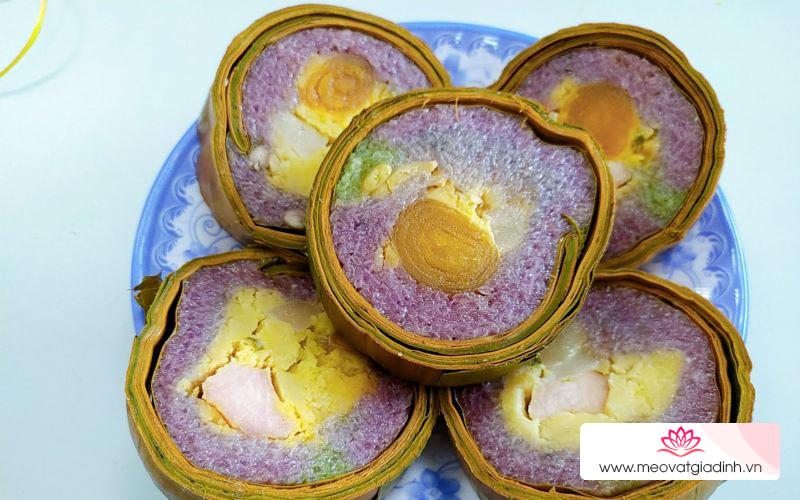 Mách bạn cách làm bánh tét lá cẩm đặc sản Cần Thơ siêu đẹp