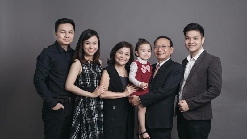 Tổng hợp các kiểu chụp ảnh gia đình cực đẹp, lưu ngay để Tết chụp bạn nhé!