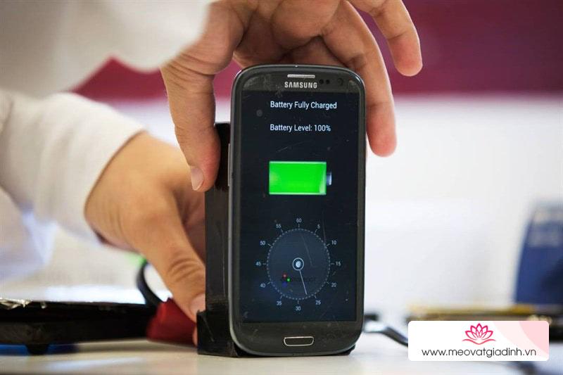 4 bước tăng tốc sạc pin smartphone nhanh như điện