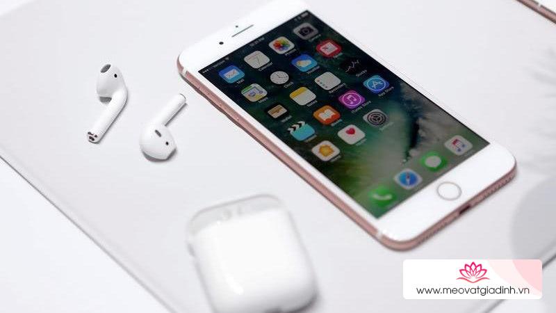 """9 cách tăng tốc hiệu quả cho những chiếc iPhone """"bỗng dưng bị chậm"""""""