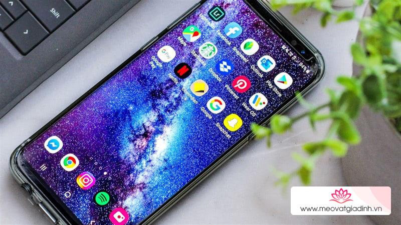 Đã dùng smartphone thì phải xài hình nền này mới chất