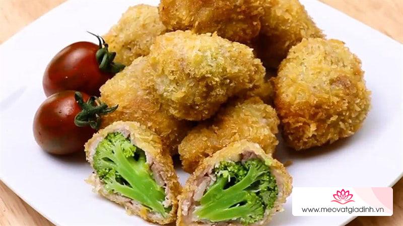 Bông cải xanh cuộn thịt chiên giòn